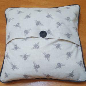 honey-bee-cushion