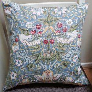 william-moris-cushion